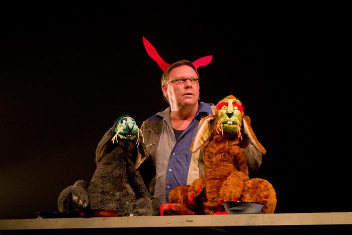 005_graz_la_strada_2009_stuffed_puppet_theatre_cuniculus