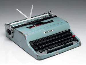 cormac-mccarthy-typewriter